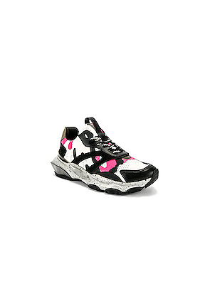 Valentino Low Top Sneaker in Black,Pink