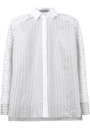 D.Exterior striped shirt - White