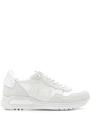 Atlantic Stars star patch sneakers - White