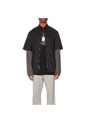 VETEMENTS Happiness Shirt in Black,Gray