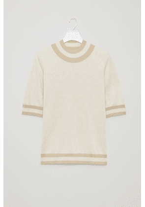 RIB-DETAILED KNITTED TOP