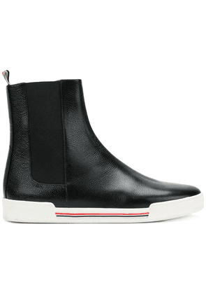 Thom Browne Pebble Grain Chelsea Sneaker - Black