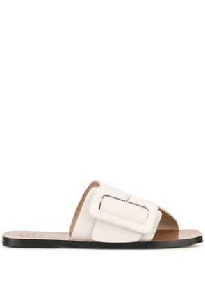 Atp Atelier flat buckled sandals - White