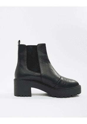 c2b0c3a950f ASOS DESIGN Addie leather chunky chelsea boots   MILANSTYLE.COM