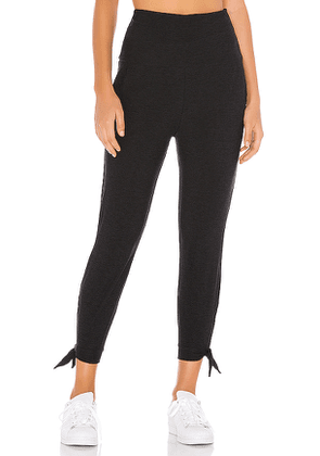 Beyond Yoga Keep It Lightweight And Easy Sweatpant in Black. Size XS,S,L.