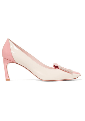 Roger Vivier - Trompette Tongue Two-tone Patent-leather Pumps - Blush