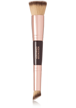 Charlotte Tilbury - Hollywood Complexion Brush - one size