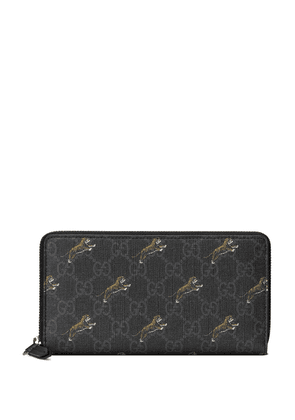 Gucci GG zip around wallet with tiger print - Black