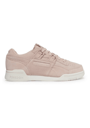 Reebok - Workout Lo Plus Suede Sneakers - Baby pink