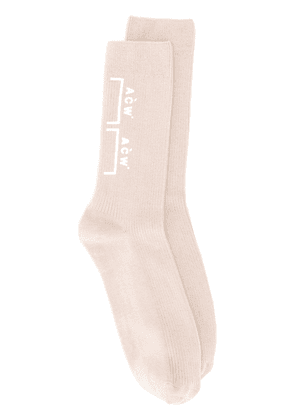 A-Cold-Wall* Bracket logo socks - Neutrals
