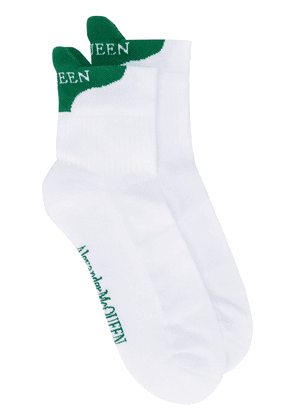 Alexander McQueen two-tone logo socks - White