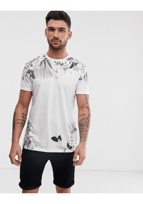 New Look t-shirt in floral sublimation print