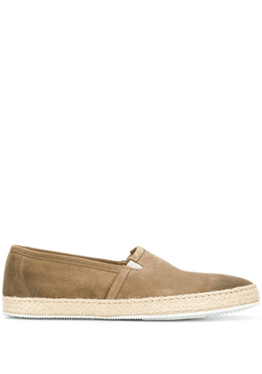 Doucal's classic slip-on sneakers - Brown