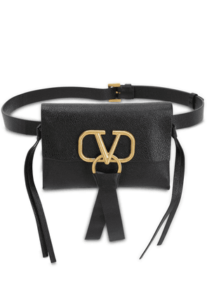 V Ring Smooth Leather Belt Bag