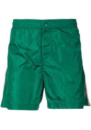Moncler logo patch swimshorts - Green