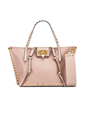 Valentino Rockstud Hype Tote in Poudre - Neutral. Size all.