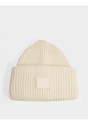 Pansy N Face Beanie in Coconut White Wool