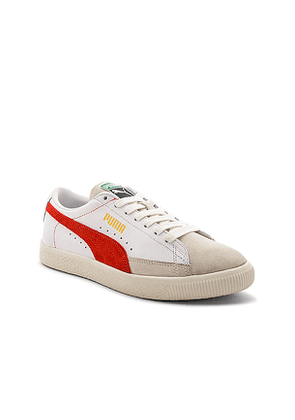 Puma Select Basket in White. Size 9.5.