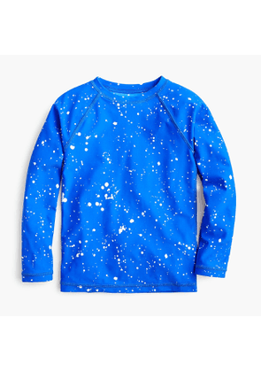 Boys' splatter-painted rash guard with UPF 50+