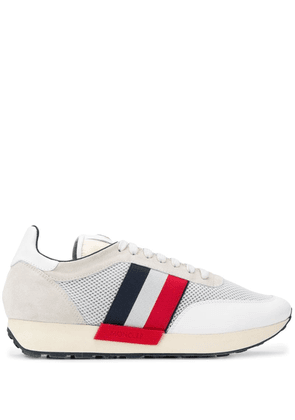 Moncler mesh panelled sneakers - White