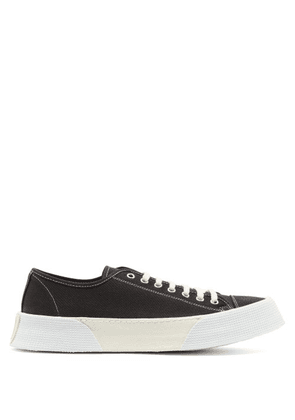 Ami - Raised Sole Low Top Canvas Trainers - Mens - Black