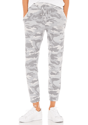 Beyond Yoga Hacci Sweatpant in Gray. Size S.