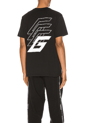 Givenchy Short Sleeve Tee in Black - Black. Size S (also in L,XL).