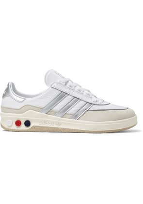 adidas Consortium - Glxy Spzl Leather Sneakers - White