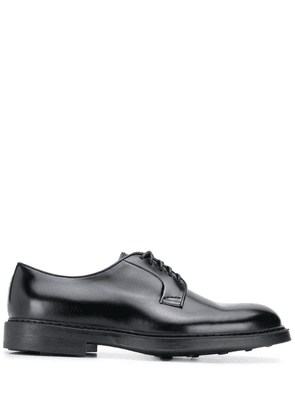Doucal's classic lace-up shoes - Black