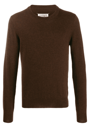 Maison Margiela elbow patches crew neck knitted sweater - Brown