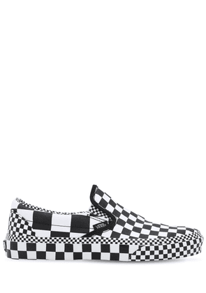 Slip-on All Over Checkerboard Sneakers