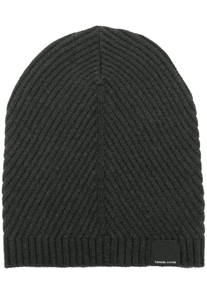 Canada Goose ribbed beanie hat - Grey
