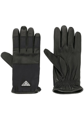 Prada logo plaque gloves - Black