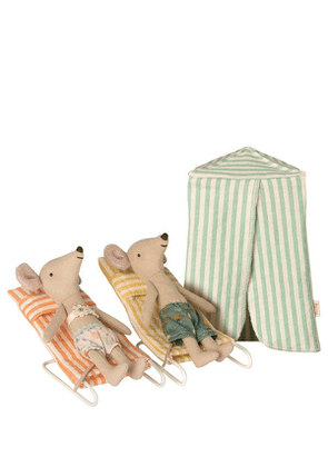 Mouse Holiday Set With Bathing Tent