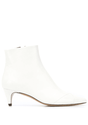 Isabel Marant pointed toe ankle boots - White