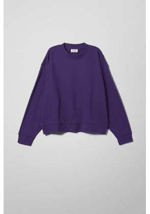 Huge Cropped Sweatshirt - Purple