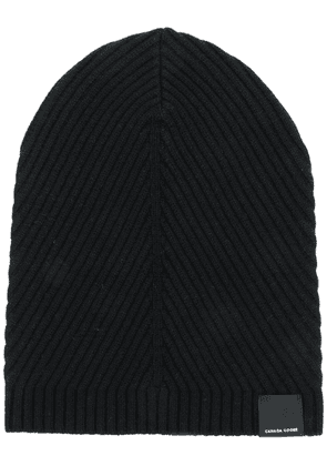 Canada Goose ribbed beanie hat - Black