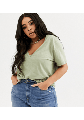 ASOS DESIGN Curve t-shirt in slubby jersey with v-neck in khaki