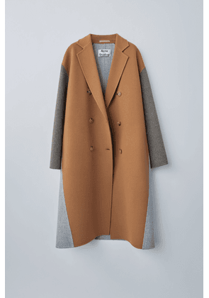 Acne Studios FN-WN-OUTW000191 Camel brown Double-breasted wedge coat