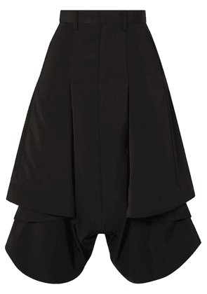 Noir Kei Ninomiya - Pleated Asymmetric Poplin Shorts - Black
