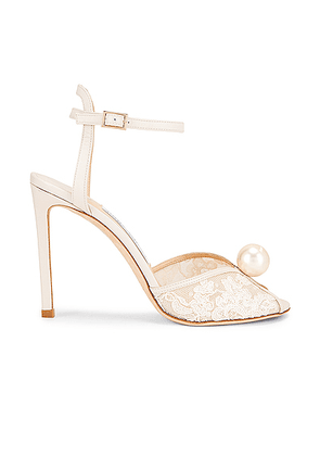 Jimmy Choo Sacora 100 Floral Lace with Pearl Sandal in White - White. Size 39 (also in ).