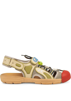 Gucci Men's leather and mesh sandal - Neutrals