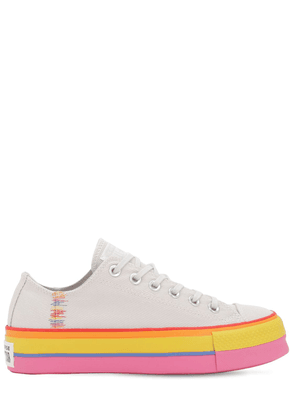 Chuck Taylor All Star Lift Ox Sneakers