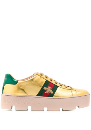 Gucci Ace embroidered platform sneakers - Gold