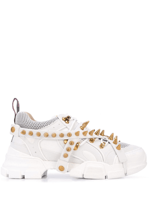 Gucci Flashtrek removable spikes sneakers - White