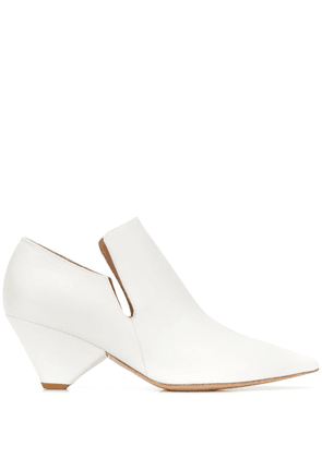 Christian Wijnants Akira cut-out ankle boots - White