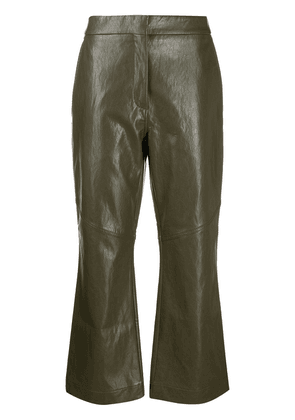 Cédric Charlier faux-leather flared cropped trousers - Green