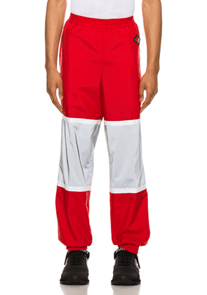 Burberry Trackpants in Bright Red - Red. Size L (also in ).
