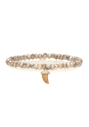 Exclusive to Mytheresa – Beaded bracelet with 14kt yellow gold and diamond carved horn