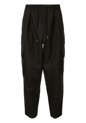 LOWNN Ground cropped cargo trousers - Black